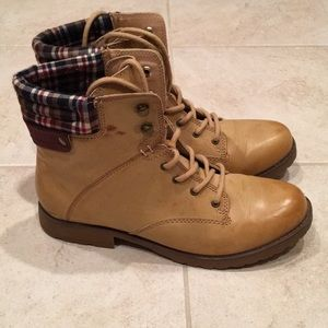 Rampage Army Style Boots